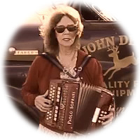 Jenny Ormonde - Vocals, harmonica, flute and accordion